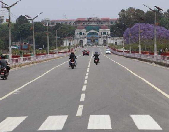 निषेधाज्ञाको दोस्रो दिन : यस्तो देखियो काठमाडौंको सडक