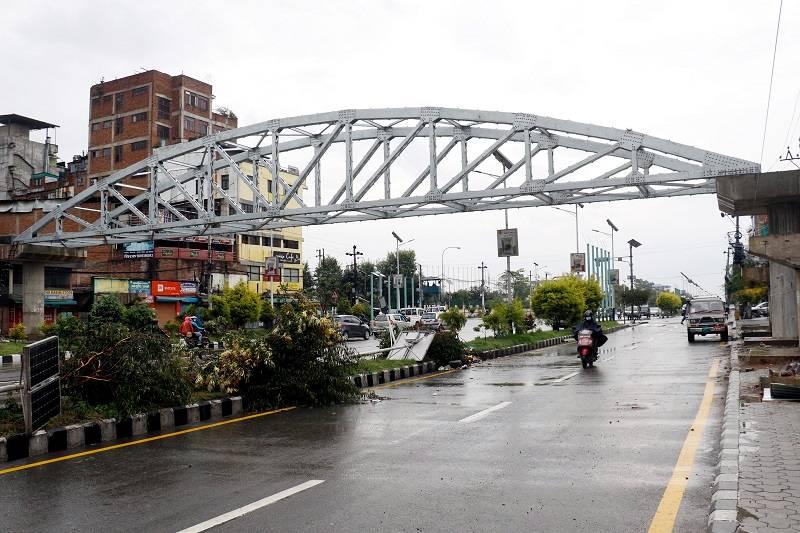 नयाँ बानेश्वरमा ठडियो आकाशे पुल