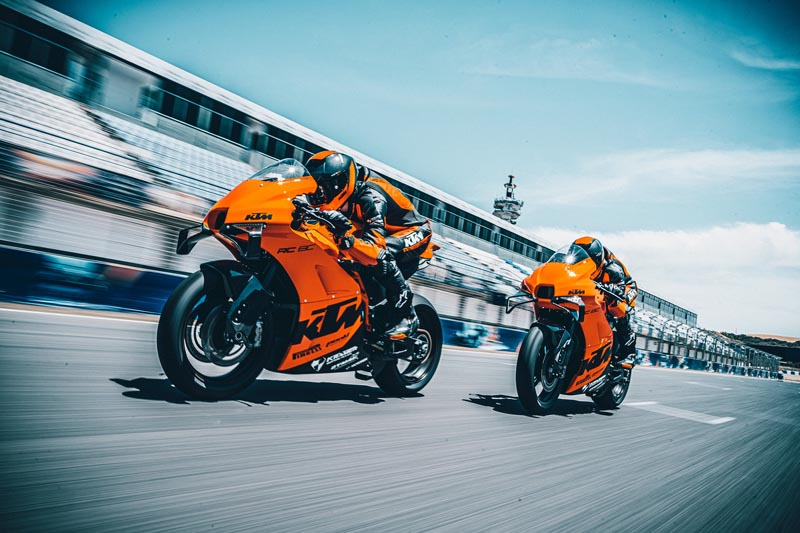 विश्वभर १०० युनिट मात्र उत्पादन हुने केटीएम स्पोर्ट बाइक ४ मिनेट ३२ सेकेन्डमै सोल्ड आउट